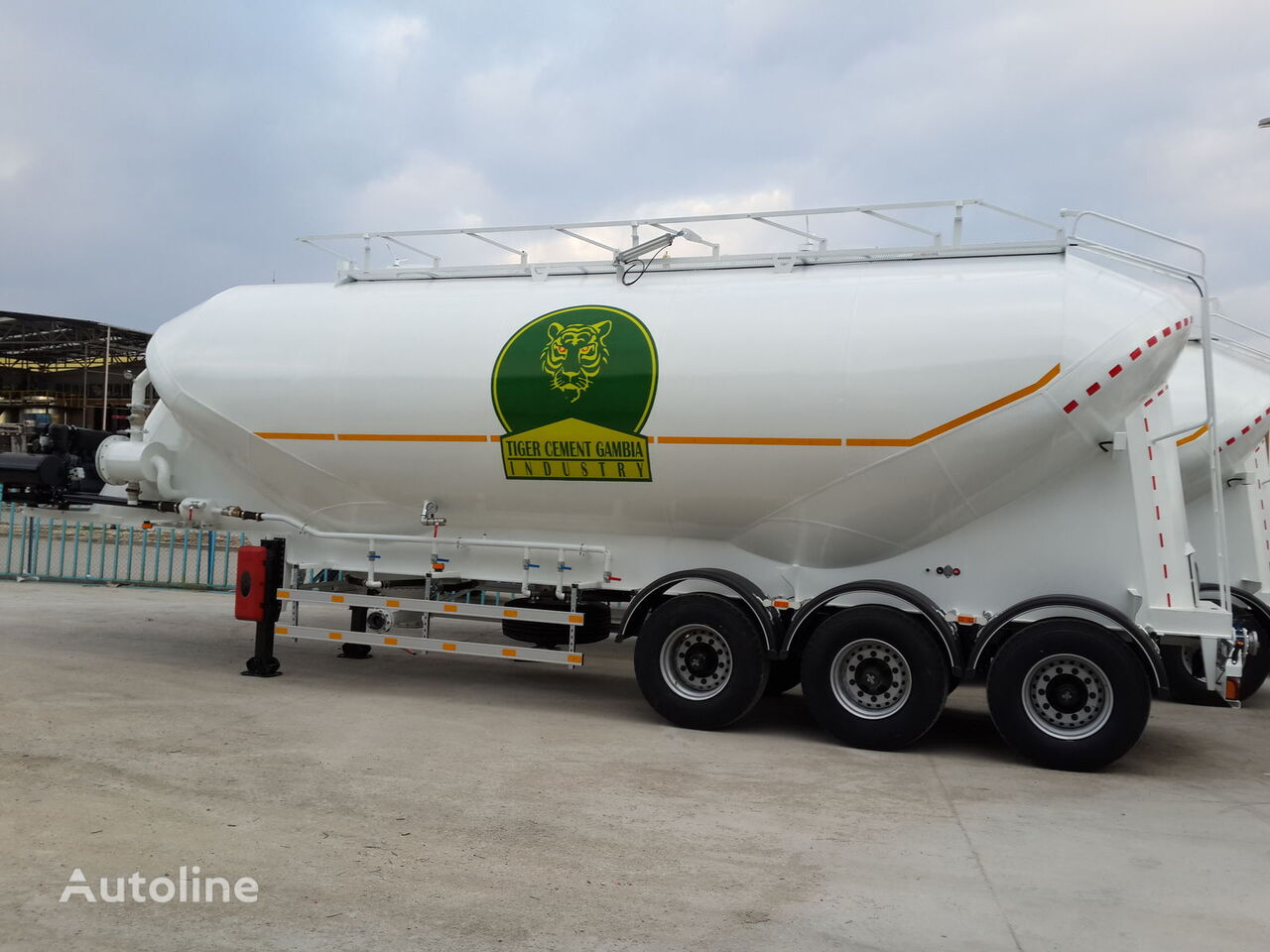 nový cisterna na převoz mouky GURLESENYIL cementovoz