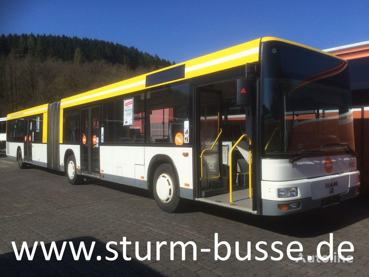 kloubový autobus MAN A 23