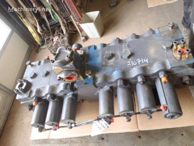 hydraulický rozvaděč LIEBHERR REXROTH M8-1270-00/7M8-32 (A025) pro bagru LIEBHERR R954BHDS LITR
