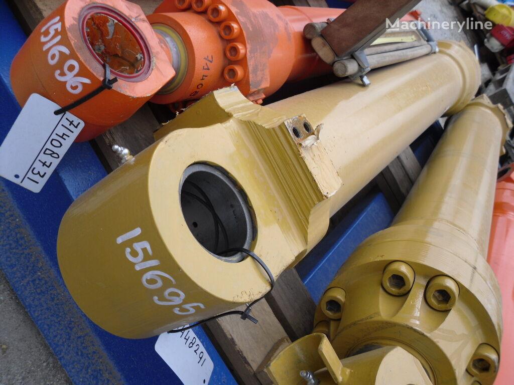 nový hydraulický válec pro bagru FIAT-HITACHI FH270-3