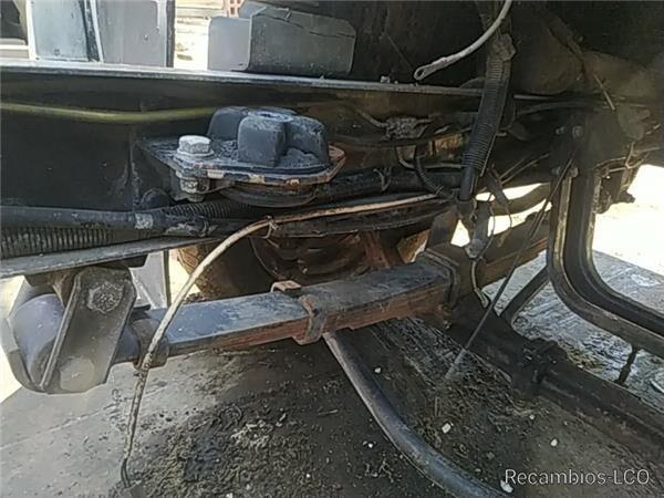 pero pro nákladní vozidla NISSAN TRADE 2.8 Diesel