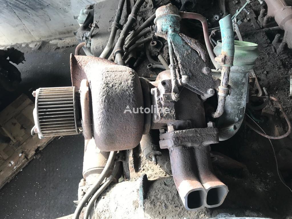 turbokompresor motoru pro autobusy VOLVO V12