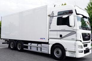 chladírenský nákladní vozidlo MAN Man TGX 28.560 BL 6X2 Euro 6 / SCHMITZ REFRIGERATOR 18 PAL