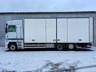 nákladní vozidlo furgon RENAULT MAGNUM 520.26