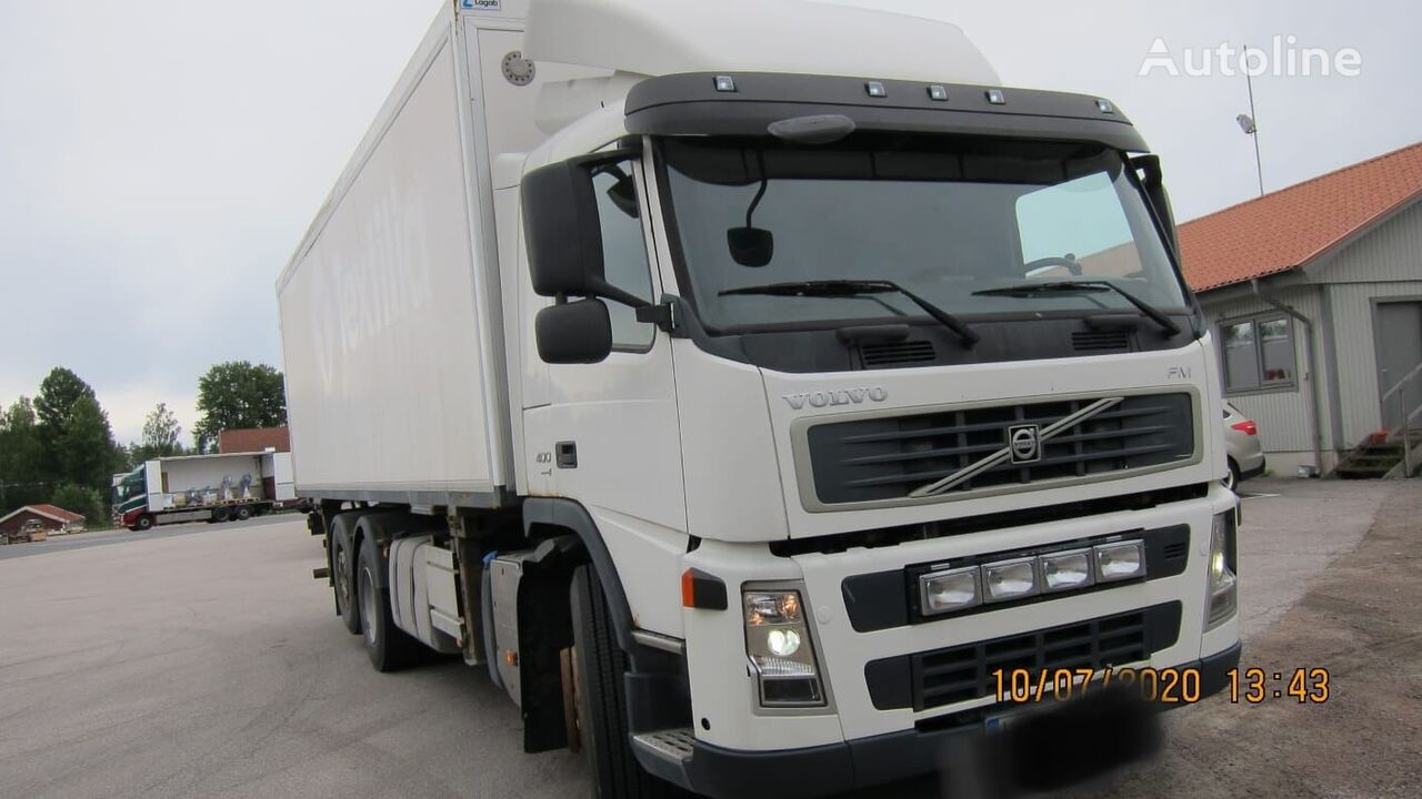 nákladní vozidlo izotermický VOLVO FM400