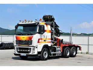 nákladní vozidlo na přepravu dřeva VOLVO FH 16.750  Darus rönkszállító szerelvény