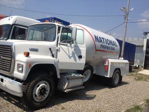 nákladní vozidlo na přepravu plynu FORD l8000