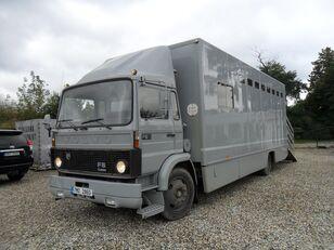 nákladní vozidlo na přepravu zvířat VOLVO F612 pro přepravu koní
