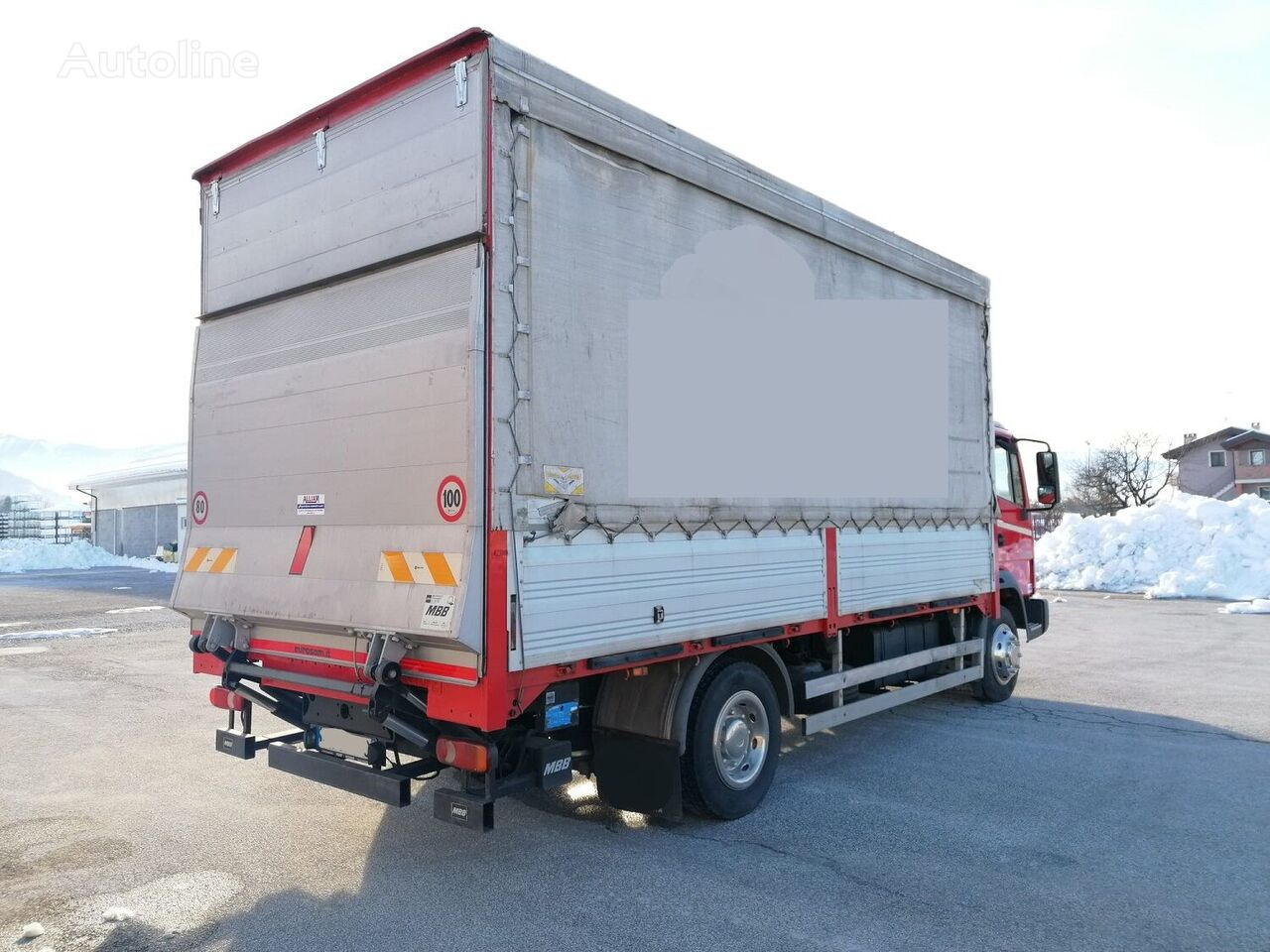 nákladní vozidlo plachta NISSAN ATLEON 210 - 115 QLI / PEDANA BATTENTE