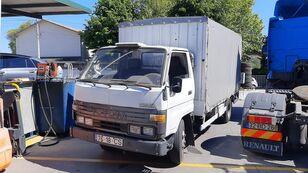 nákladní vozidlo plachta TOYOTA Dyna 150