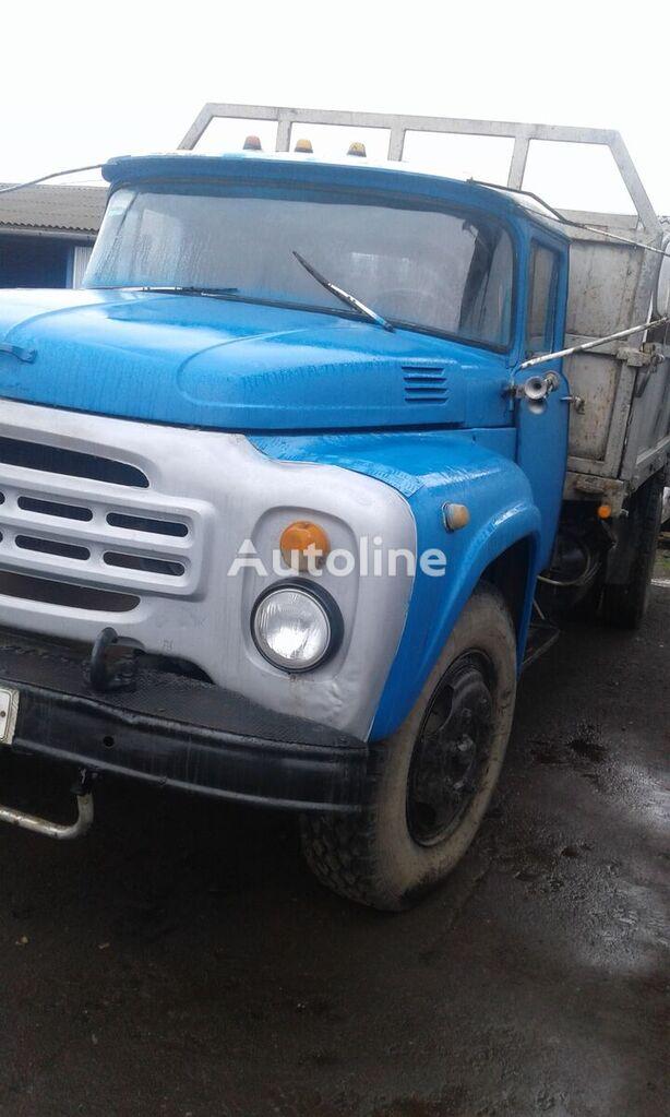 nákladní vozidlo valník ZIL 130 G