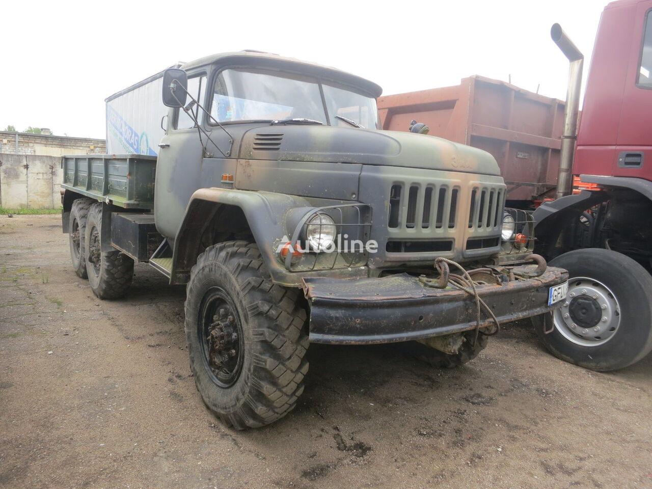 nákladní vozidlo valník ZIL 131