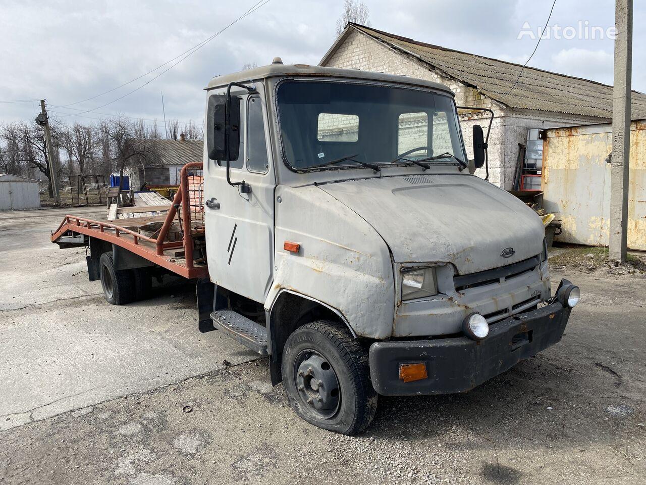 odtahové vozidlo ZIL 5301