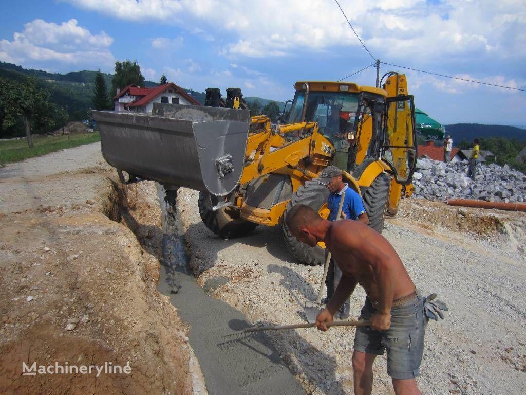 nová míchací lopata na beton Betonmischscaufel / Concrete Mixing bucket