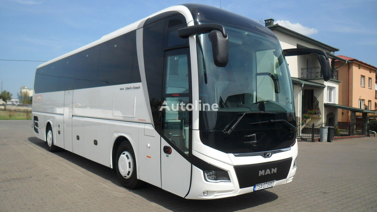turistický autobus MAN R07