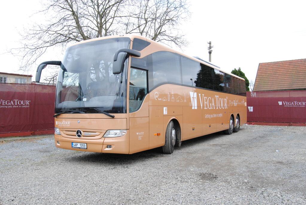 turistický autobus MERCEDES-BENZ Tourismo 17 RHD