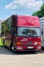vůz na přepravu koní MERCEDES-BENZ Atego