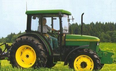 kolový traktor JOHN DEERE 5400 pro díly