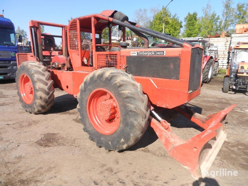 lesní traktor TIMBERJACK  240 D Skider