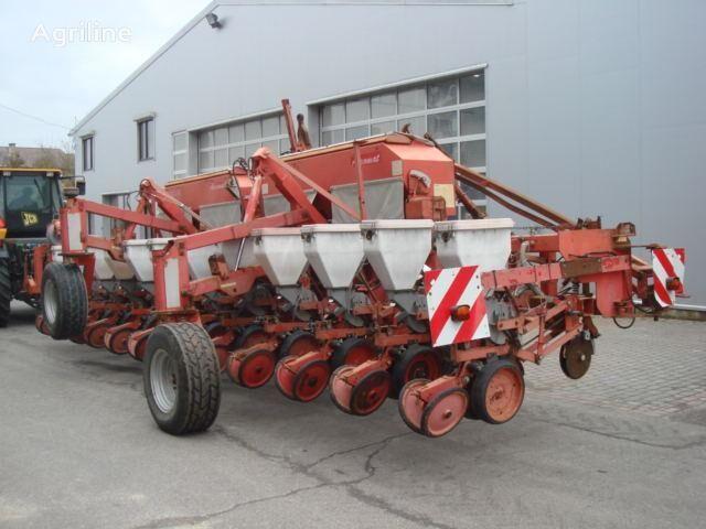 pneumatický secí stroj BECKER Aeromat SPD 12